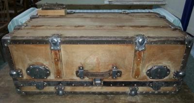 Restauración maleta de madera